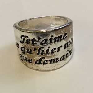 Jewelry - French phrase, silver ring